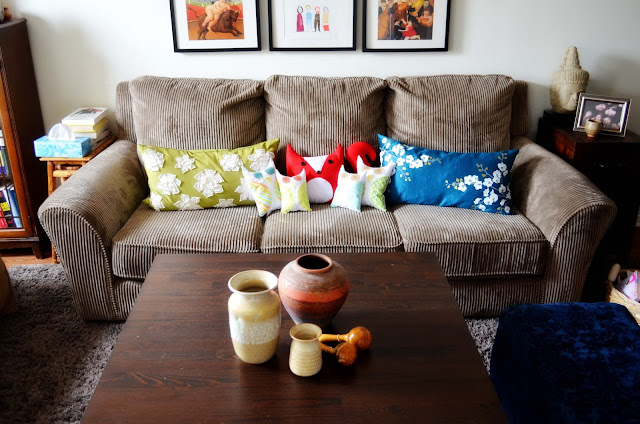 family+room A Colorful Home Tour: Woman in Real Life {Color My Home Summer Blog Series} 27