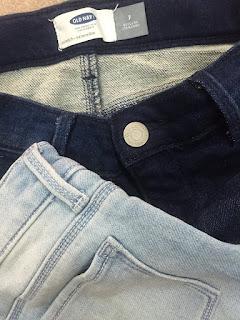 Quần short lửng thun giả jean, xuất xịn, hiệu Oldnavy, made in cambodia.
