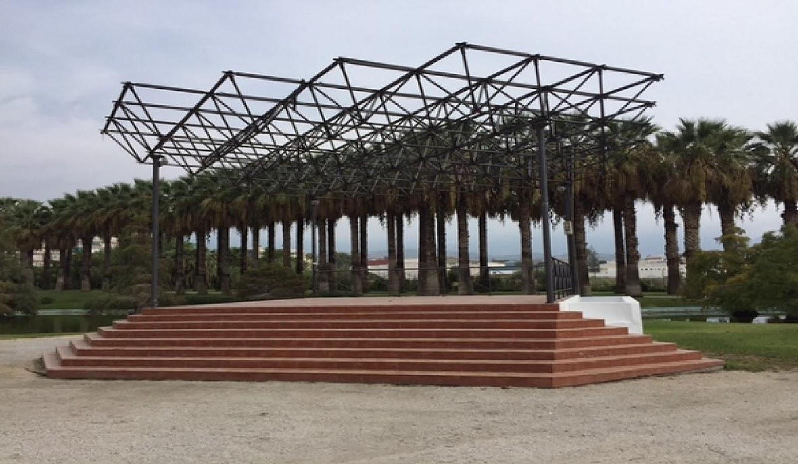 Motril digital el rea de mantenimiento parques y jardines renueva la imagen del templete del - Mantenimiento parques y jardines ...