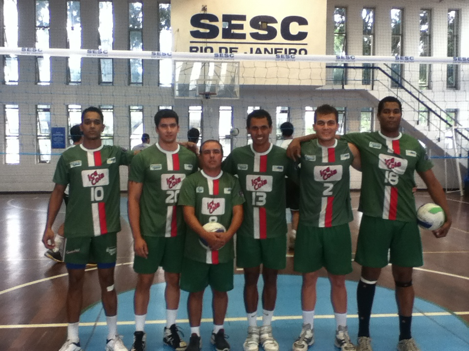 A equipe trirriense foi com a numeração mínima de jogadores 5a12dba1bb0bb