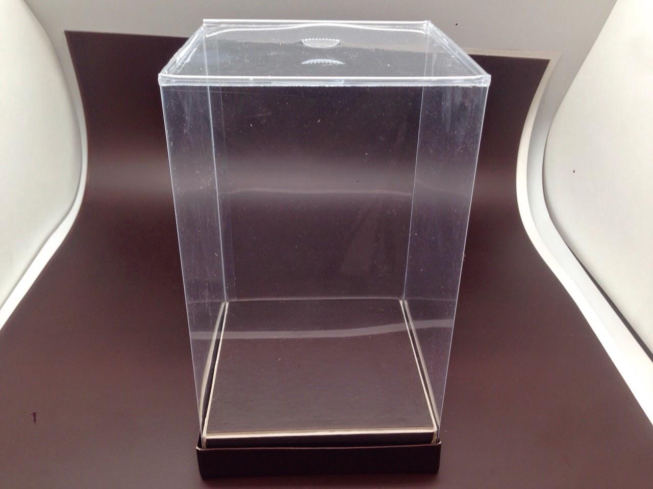 caja mona transparente