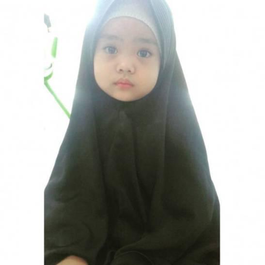 Maryam anak dari Ustadah Oki Setiana Dewi