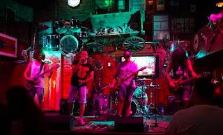 Stonus band live on stage