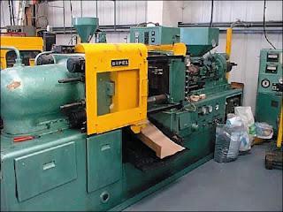 mesin molding plastik manual