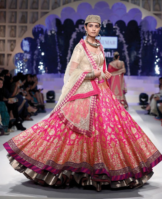 Gorgeous Lehenga Choli with unique Woolen Topi, Pink and White Lehenga Choli latest with topi