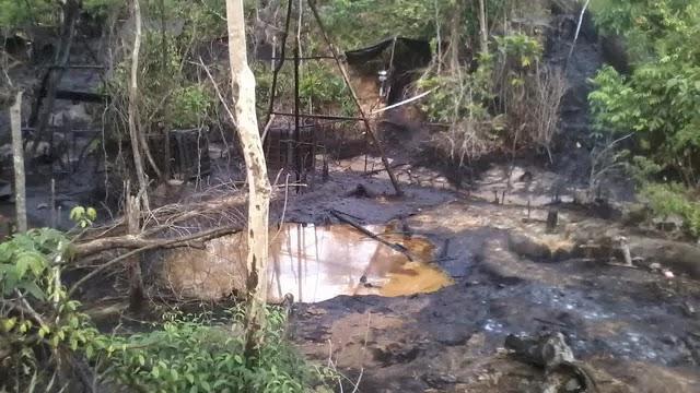 Sumur Minyak Ilegal di Aceh Terbakar, Api Merambat ke Permukiman Warga