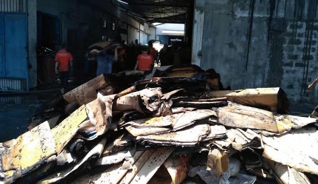Gudang Furnitur terbakar