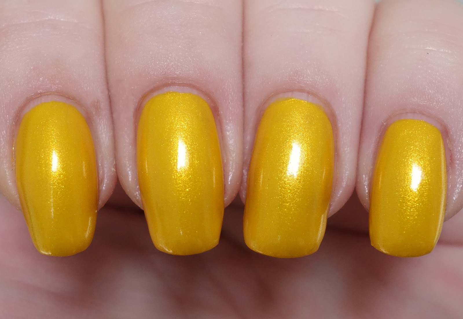 Lacquer Slacker Liz: Essie Aim to Misbehave