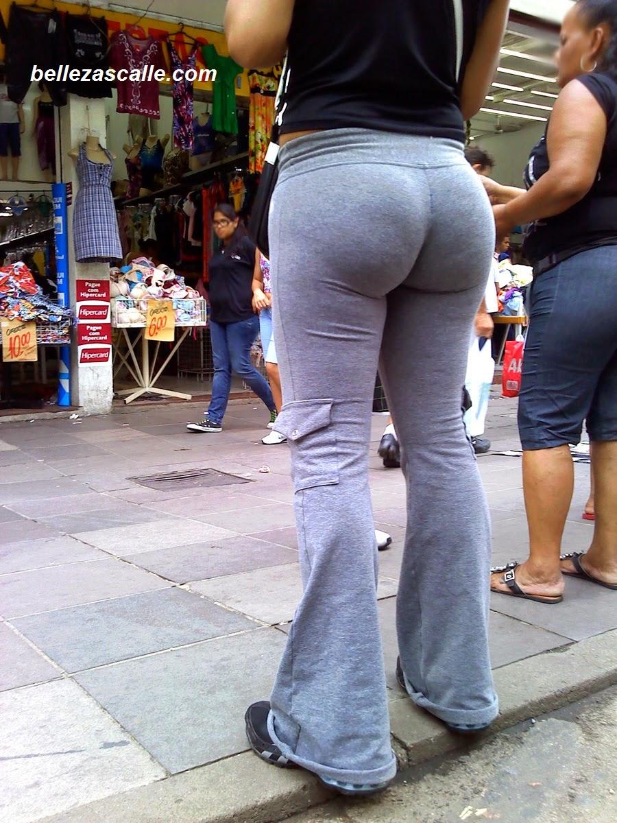 Culazo de senora en calle - 1 9