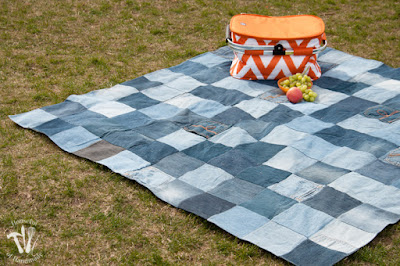 http://housefulofhandmade.com/easy-water-resistant-upcycled-jeans-picnic-blanket/