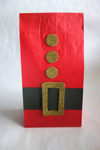 paper bag crafts, paper crafts, turn a paper bag into a Santa Claus outfit