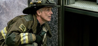 David Eigenberg na oitava temporada de Chicago Fire, série mais antiga da franquia popular