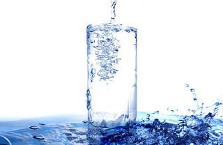 minum 8 gelas air waktu berpuasa
