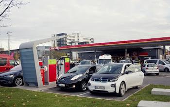 Khi nào thì một trạm xăng không còn là một trạm xăng? Khi tất cả ô tô đều là xe điện