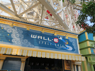 Walle Space Race Pixar Pier Disneyland