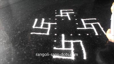 padi-kolam-with-twists-1521ac.jpg
