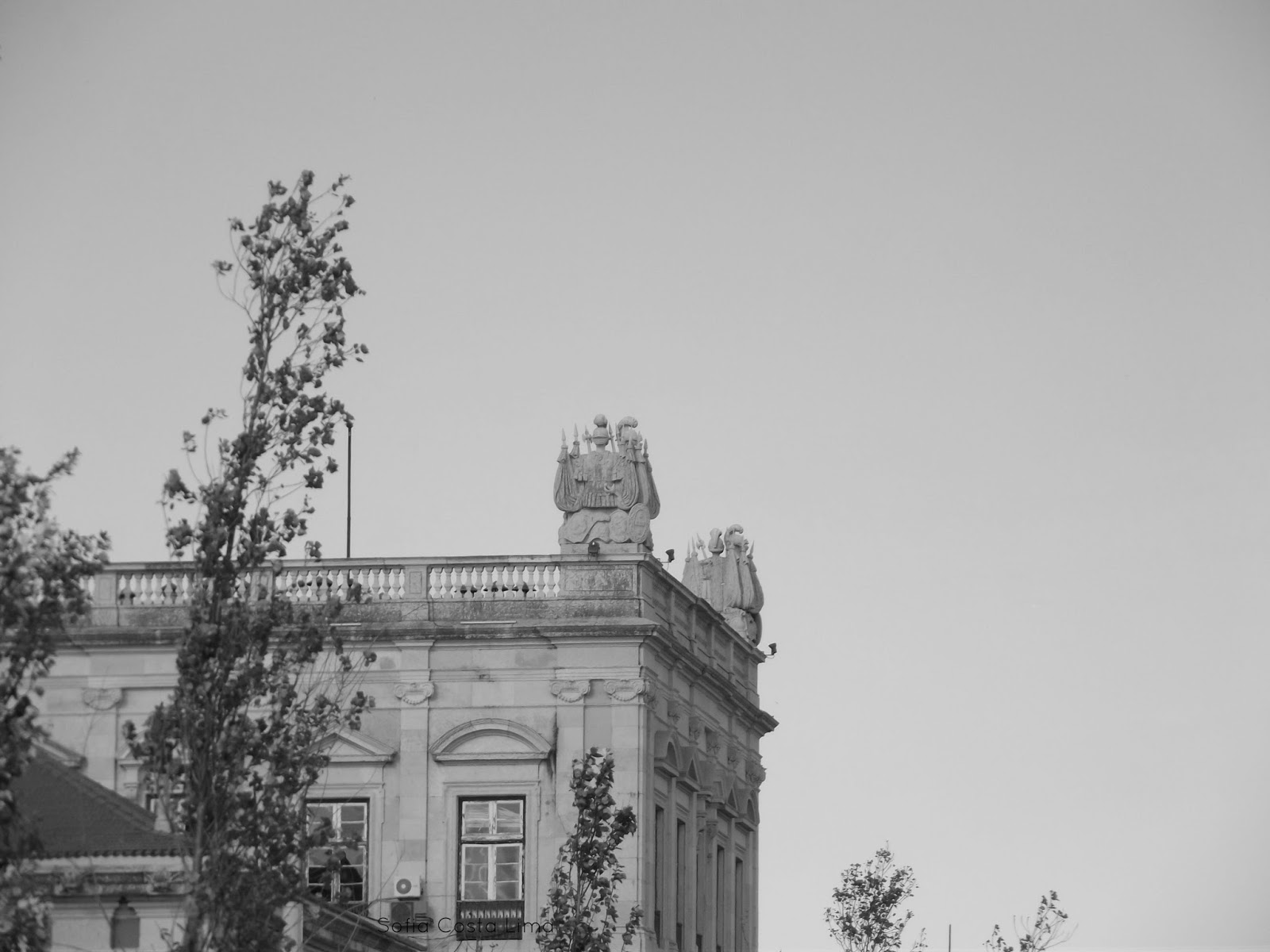 Lisbon (Portugal) in black & white pictures.