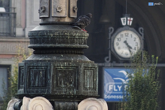 Milano, l'orologio - el reloj
