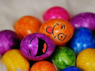 صور صور بيض 2019 احلى اشكال البيض للاطفال colored-eggs-1.jpg