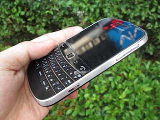 Blackberry Montana 9930 Seken Mulus Fullset Like New