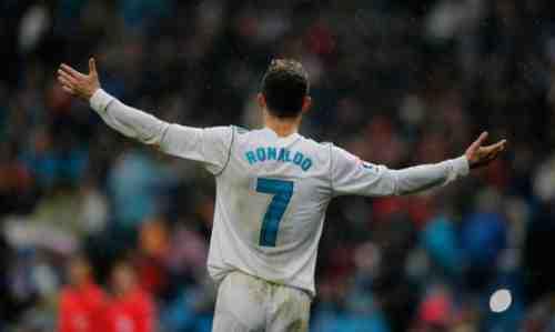 Gagal ke MU, Ronaldo Bersiap Gabung PSG