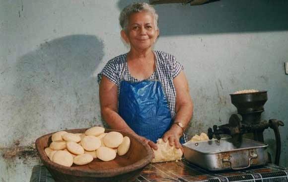 """Eliza Rodríguez """"La Vendedora de Arepas"""""""