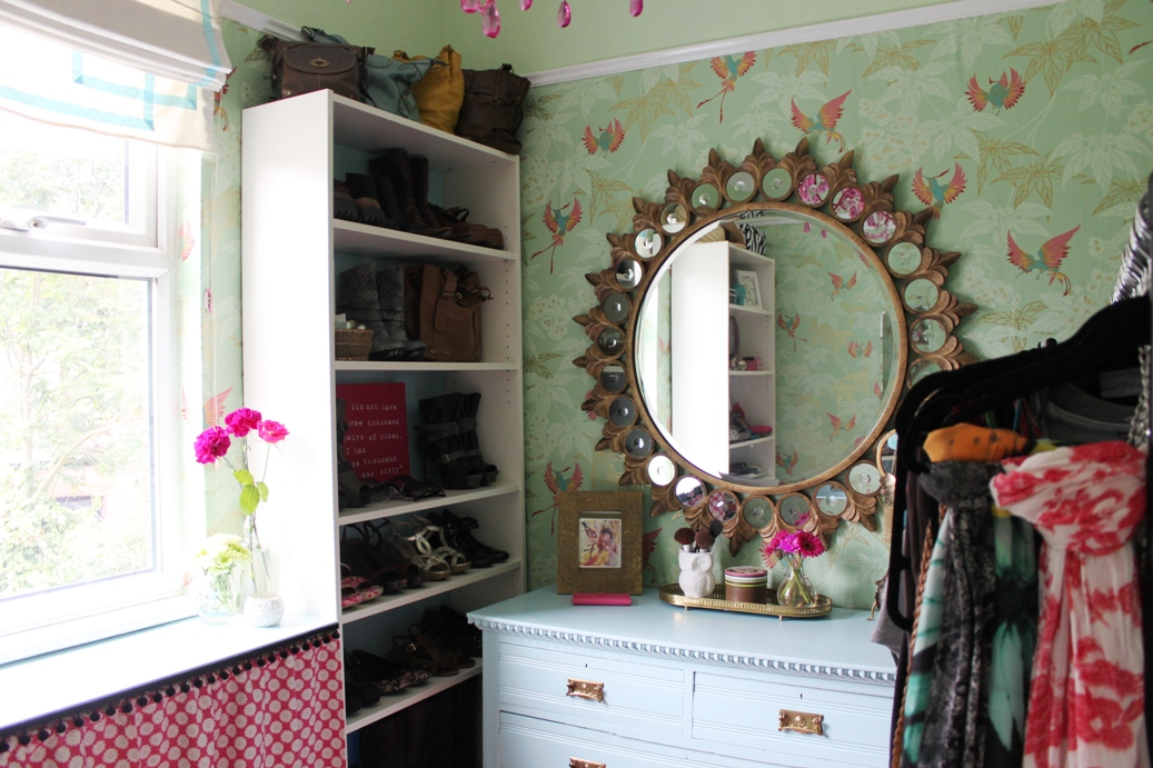 Every girl deserves a little space to call her own right? Check out the big dressing room reveal!