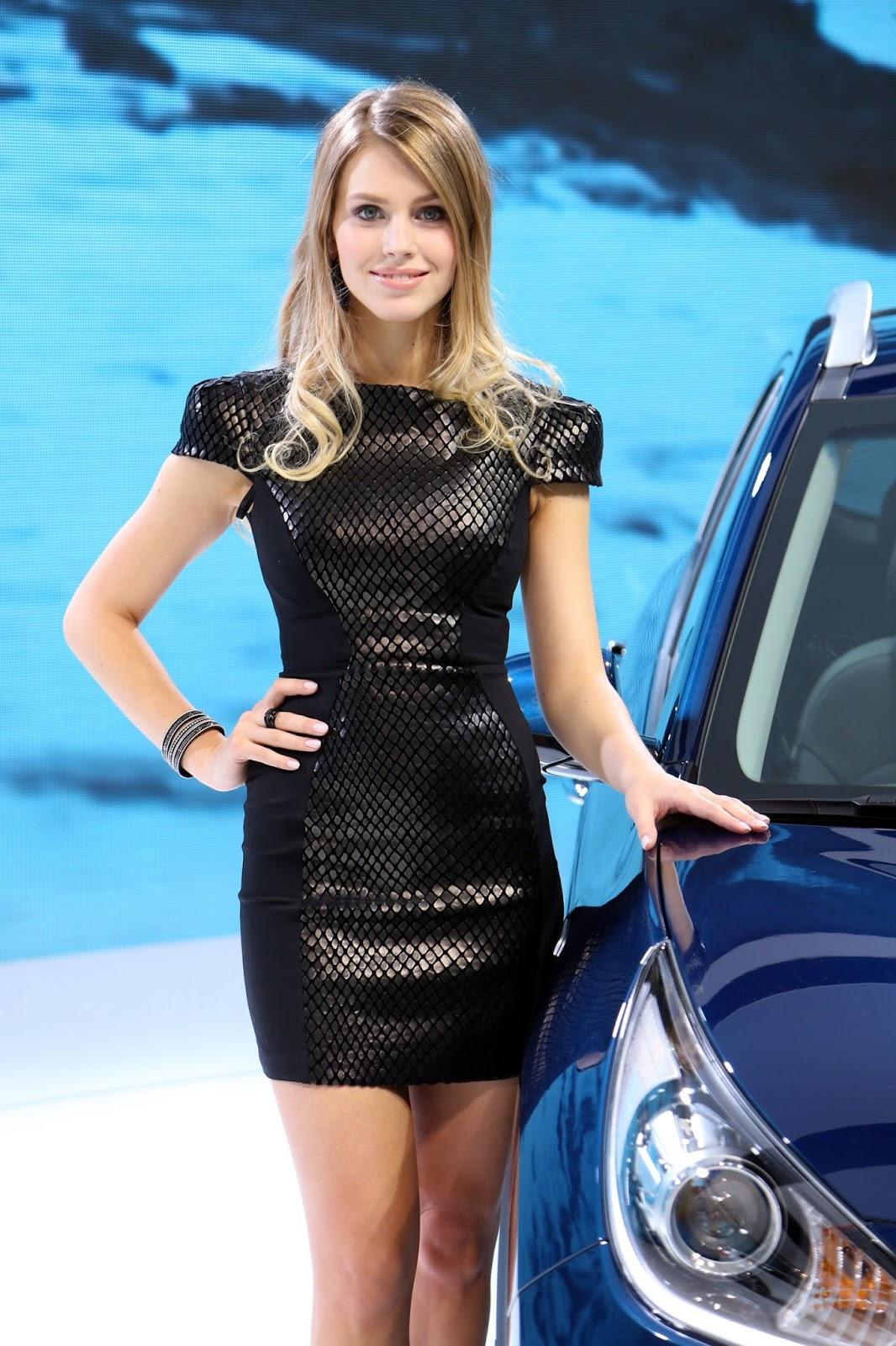 Bộ sưu tập Người đẹp tại Geneva Motor Show 2016