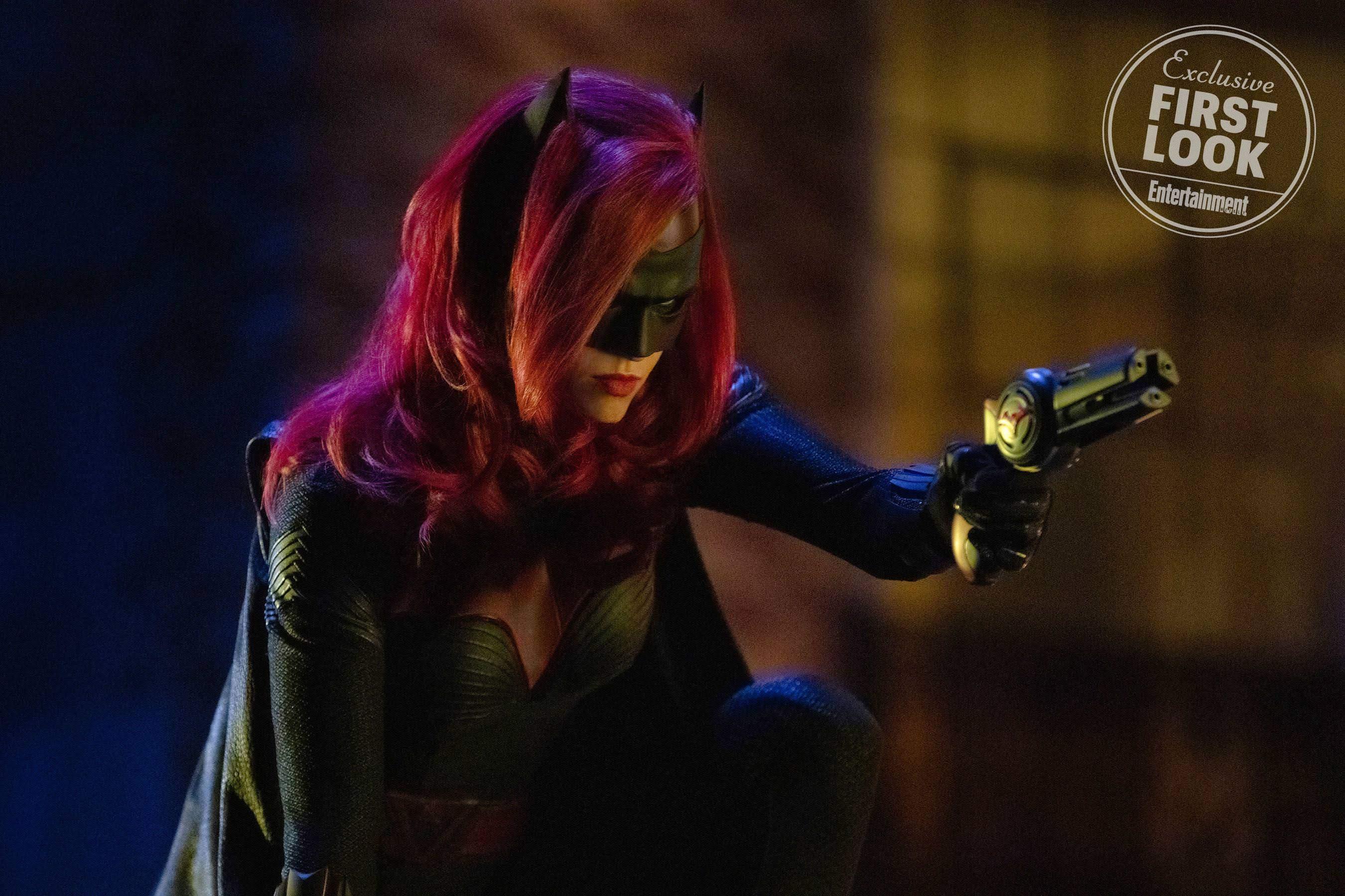 Arrowverse Crossover ELSEWORLDS Teaser - Ruby Rose in action as Batwoman : ルビー・ローズのバットウーマンが初登場 ! !、DC コミックスのヒーロー・ドラマ、アローバースのクロスオーバー特番「エルスワールズ」の新しい予告編 ! !