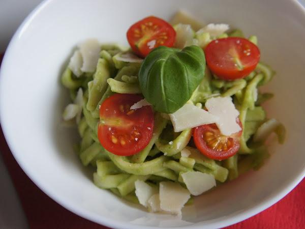 REZEPT: glutenfreie Tagliatelle mit Avocadosoße