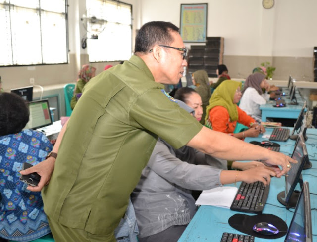 Contoh Soal Pretest UKG Pada Program PKB Untuk 4 Guru Mata Pelajaran