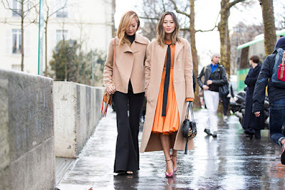 http://www.krisztinawilliams.com/2016/03/what-top-fashion-bloggers-wore-to-pfw.html