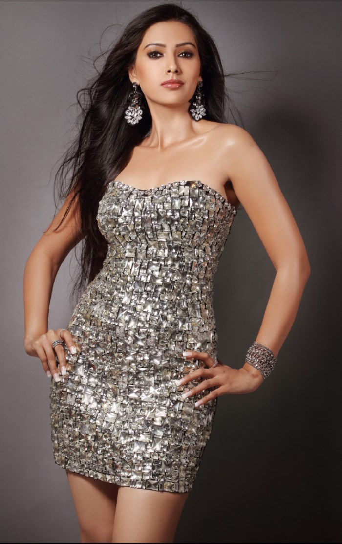 Pallavi Subhash Hot In Latest Photo Shoot - MASALA GALLERY