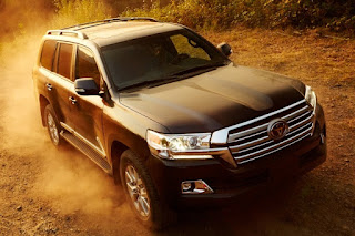 Land Cruiser: EPA (City/Hwy): 13/18 mpg