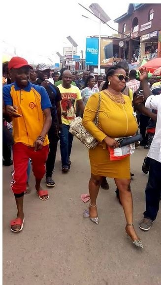 End Time Boobs! Woman with a Very Huge Chest Causes Commotion in Lagos (Photos)