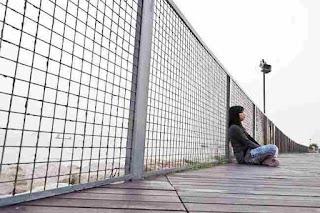 Depresi - Gejala, penyebab dan mengobati - Alodokter, Depresi ; Pengertian, Penyebab dan Gejalanya, Depresi (psikologi) - Wikipedia bahasa Indonesia, ensiklopedia bebas