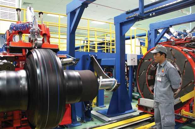 Tuyển gấp 30 nam cho đơn hàng nhà máy cao su Chính Tân – Đài Loan