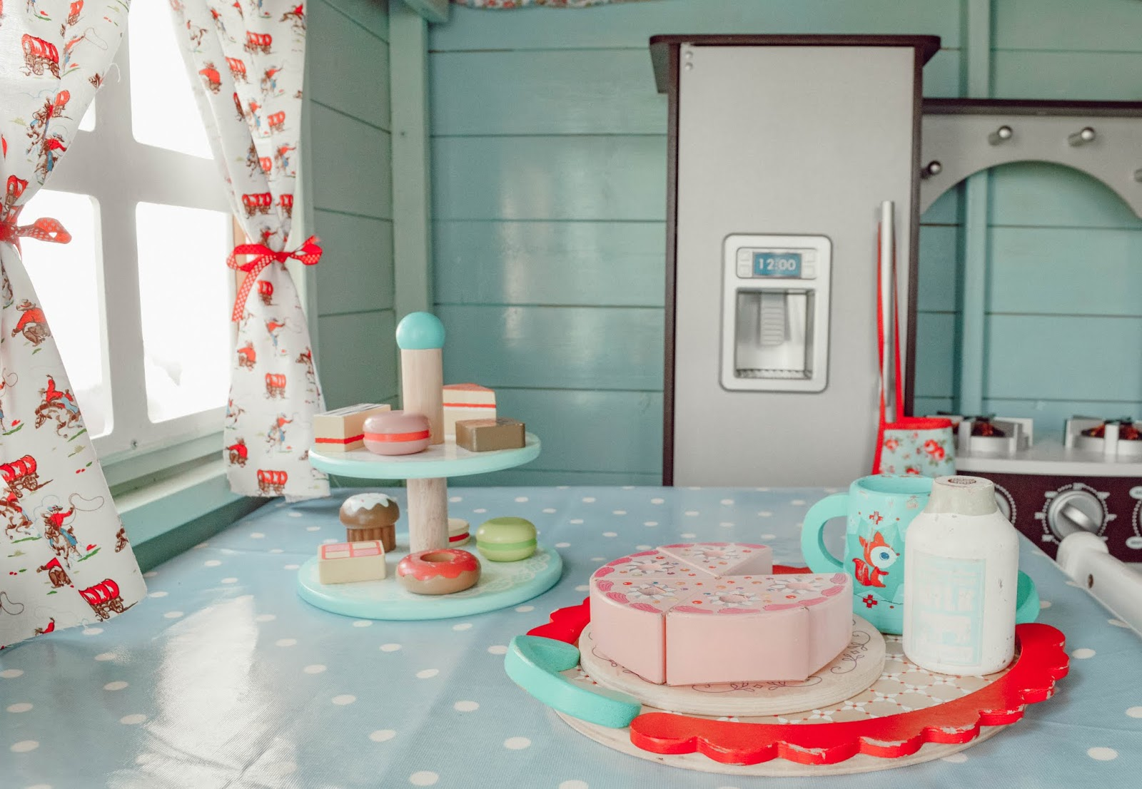 How To Design the Perfect Playroom For Your Kids ♥