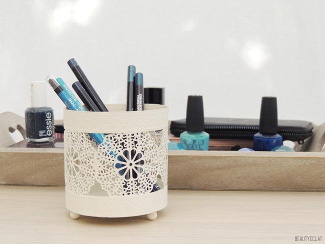 pleins fards sur le bleu vernis maquillage fards crayons eyeliner revue avis test