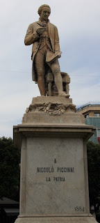 The Piccinni statue in his home city of Bari