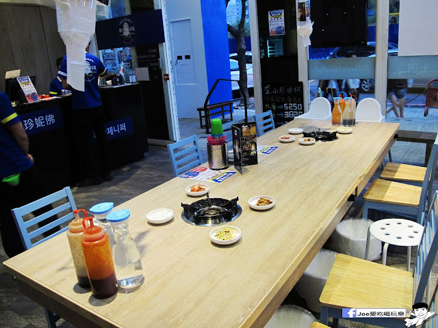 IMG 0843 - 【台中美食】 ||釜山珍妮佛 || 要吃九層海鮮塔,不用到韓國拉,也不用到釜山珍妮佛創始店人擠人,因為文心路上就有一間啦!!!