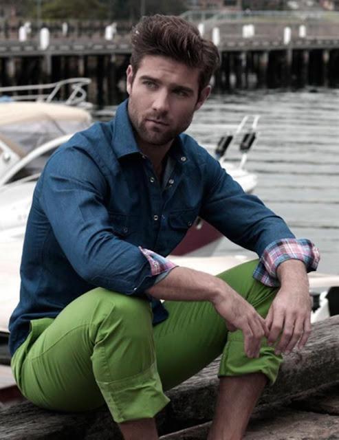 calça verde masculina greenery