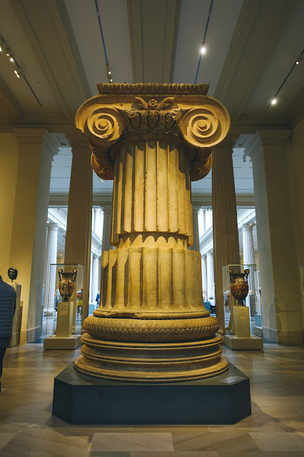 アルテミス神殿の柱(Marble column from the Temple of Artemis at Sardis)
