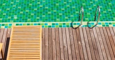Colocaci n de gresite de piscinas for Colocar gresite piscina