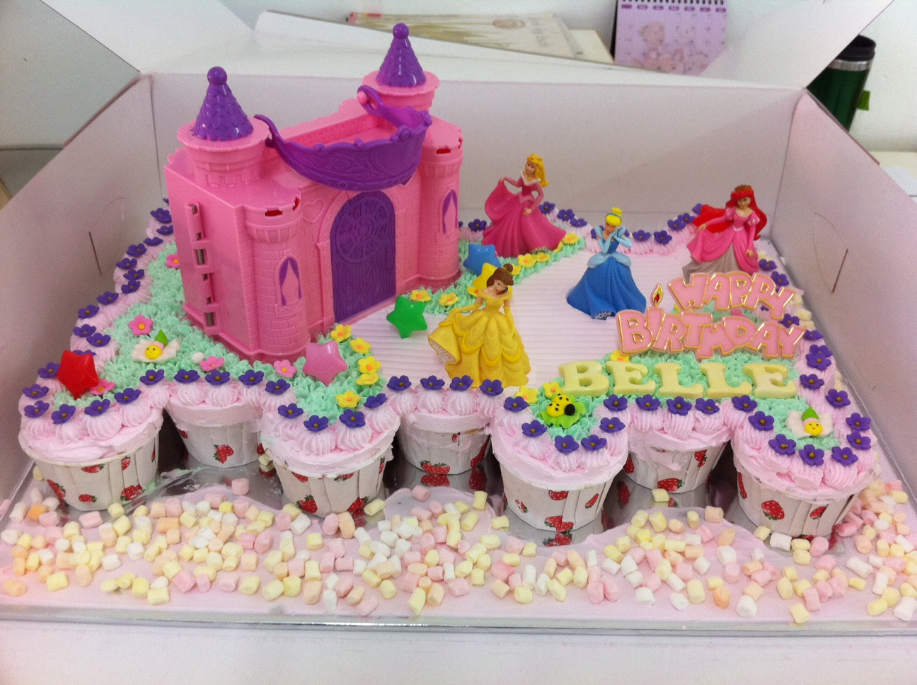 Haven Bakery Belle Princess Garden Castle Cake Cupcake