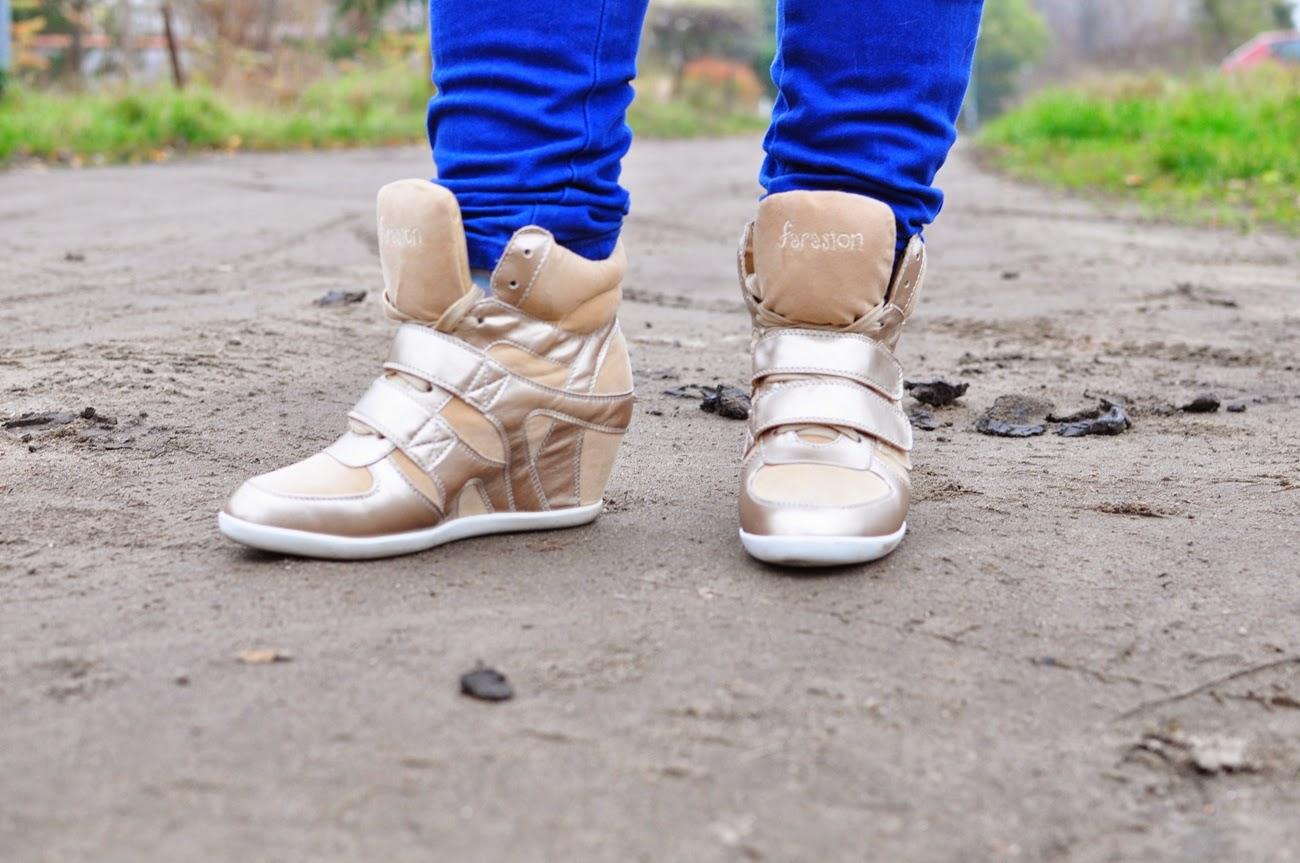 złote-sneakersy