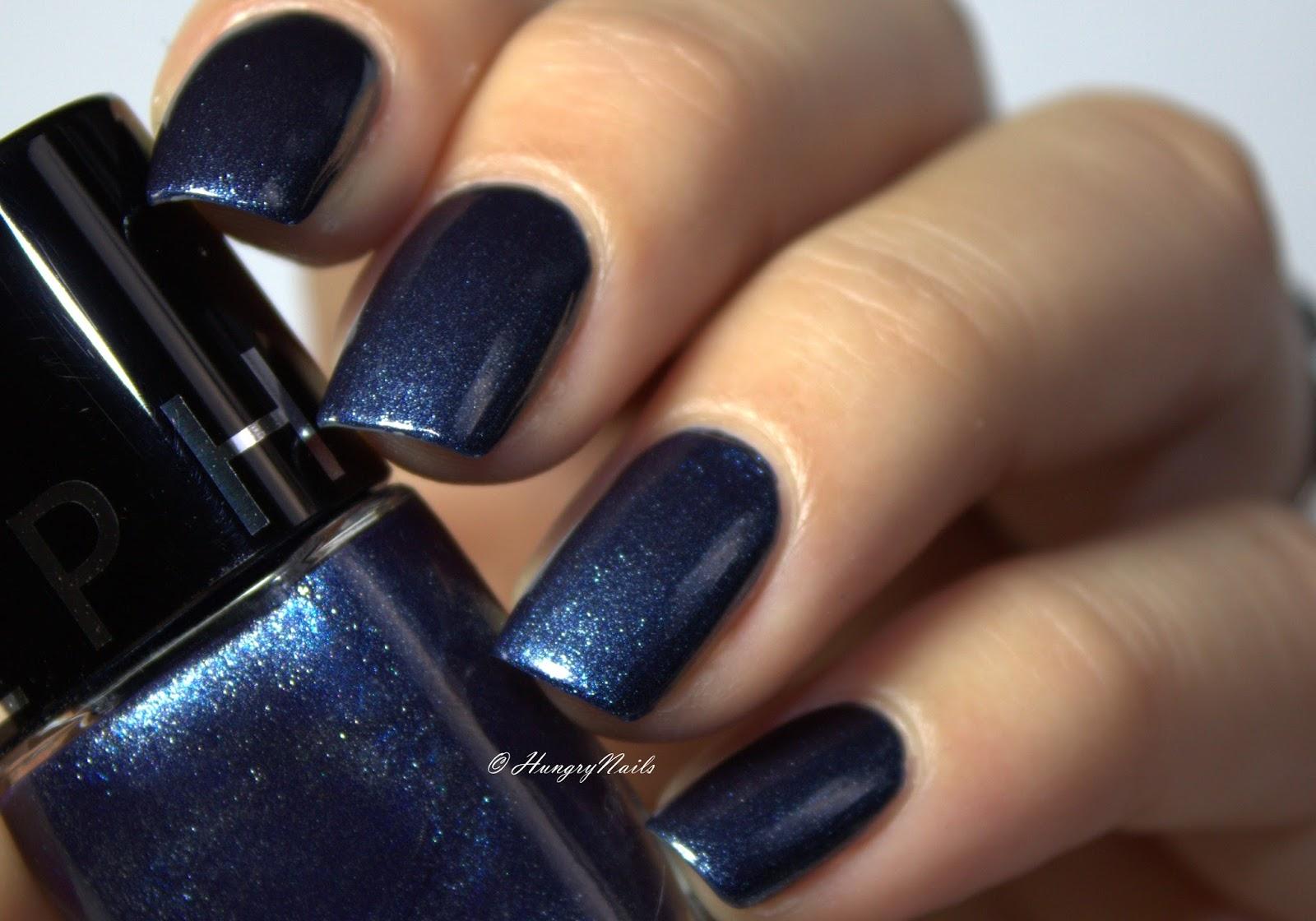 Blue Friday Spezial | Winter Nagel Design - HungryNails Blog | Die ...