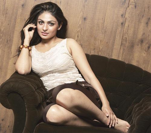 Indian Actress Profiles Neeru Bajwa-5045