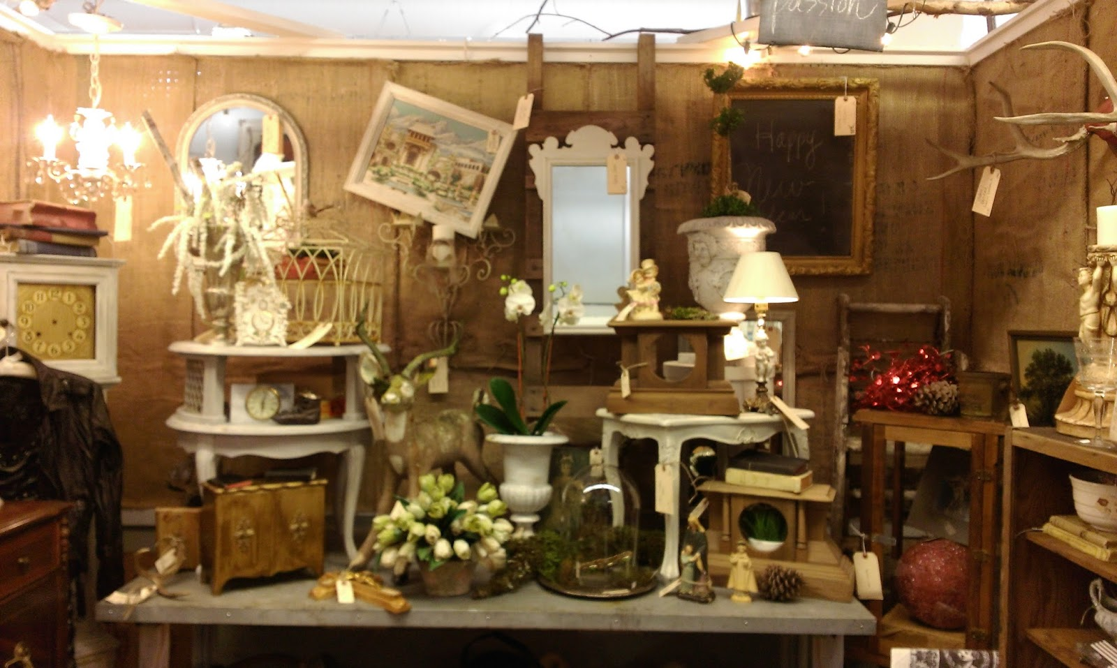https://www.facebook.com/camasantiqueshome