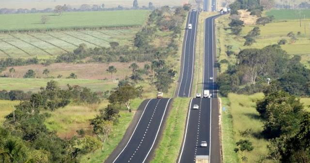 Quase 300 mil veículos devem passar pela BR-050